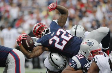 NFL: Oakland Raiders at New England Patriots