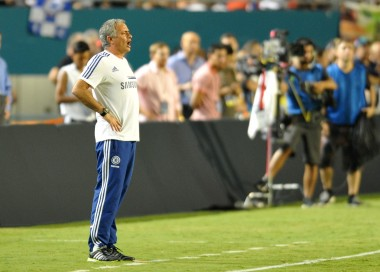 Evidently shouting at the air is considered active management by Mourinho. Meh.