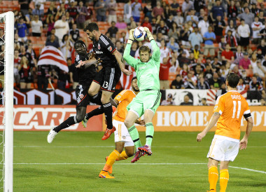 A hotly contested defensive showcase treated MLS fans who tuned into the D.C. United versus the Houston Dynamo on Saturday night.