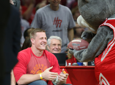 JJ Watt accepted a small token of honor and respect from the Houston Rockets mascot. h then pared th elives of all in attendance at the NBA Playoff game. His gesture of mercy was cherished by all.