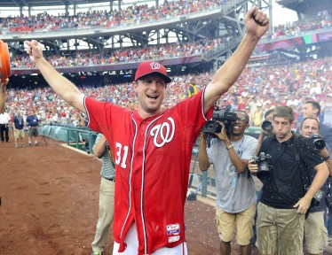 Scherzer celebrates his no-hitter last time out