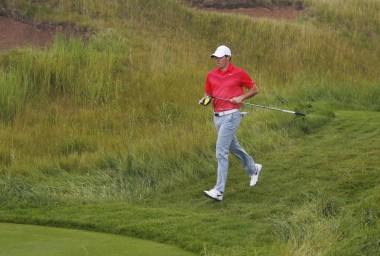 ...the ankle seems fine as he jogs off the 15th green...