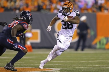Fantasy Football: Week 15 Running Back Touch, Target Projections