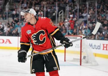 Fantasy Hockey Cheat Sheet: NHL Picks, Values, Goalies for February 7