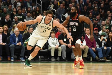 NBA Narrative Watch: A Lopez Twins Birthday Celebration