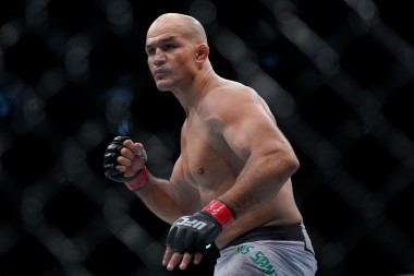 2019 UFC Wichita DraftKings Picks — UFC on ESPN+ 4 Lewis vs Dos Santos Fight Previews