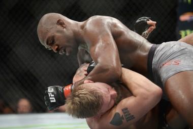 UFC 235: DraftKings Fantasy MMA Fighter Picks