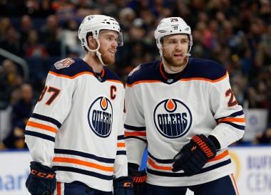 Fantasy Hockey Cheat Sheet: NHL Picks, Values, Goalies for March 13