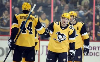 Fantasy Hockey Cheat Sheet: NHL Picks, Values, Goalies for March 12