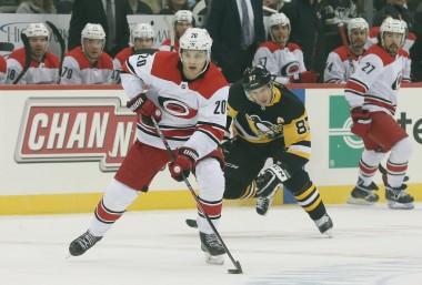 Fantasy Hockey Cheat Sheet: NHL Picks, Values, Goalies for April 4