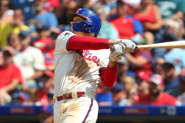 Giants vs. Phillies: Battle to Stay in the Playoff Picture