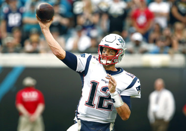 NFL Odds: Tom Brady, Lamar Jackson Highlight Top QB Prop Bets