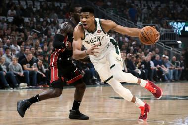 2019 Fantasy Basketball Cheat Sheet: NBA Targets, Values, Strategy, Injury Notes for October 30