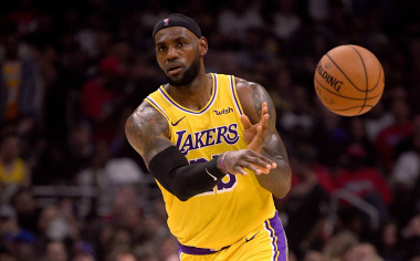 Lakers vs. Jazz: Can LeBron James Facilitate a Victory in Los Angeles?