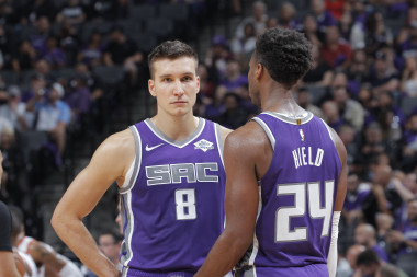 Kings vs. Lakers: Showdown Strategy, Predictions, Captain's Picks, Betting Trends