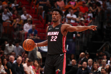 NBA Picks: Odds, Spreads, Prop Bets, Parlays to Consider for November 12