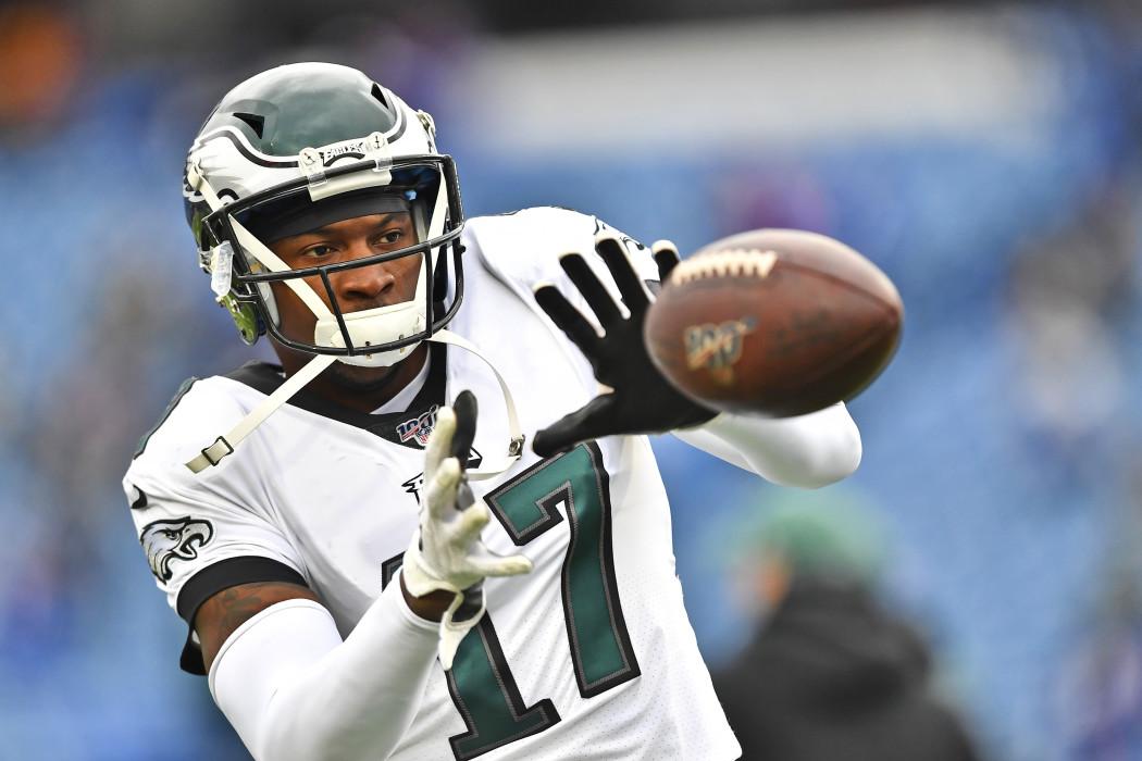 Eagles vs. Giants: Showdown Strategy, Predictions, Captain's Picks