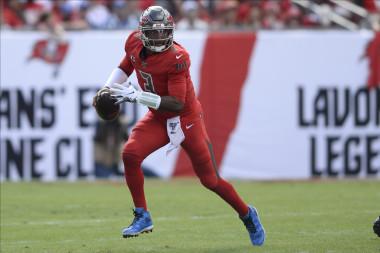 NFL Fantasy Football — 2019 Week 15 QB Rankings, Starts, Sit, Sleepers, Streams