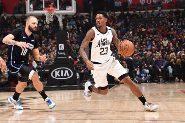 2020 Fantasy Basketball Cheat Sheet: NBA Targets, Values, Strategy, Injury Notes for January 22