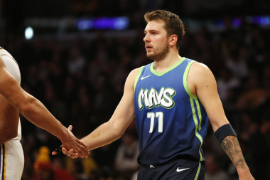 Mavericks vs. Trail Blazers: Predictions, Showdown Strategy, Captain's Picks, Betting Trends