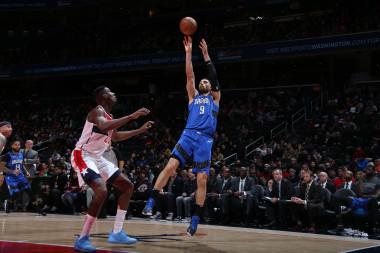 2020 Fantasy Basketball Cheat Sheet: NBA Targets, Values, Strategy, Injury Notes for January 8