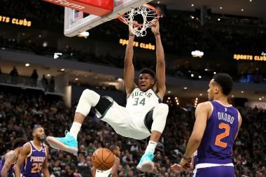 2020 Fantasy Basketball Cheat Sheet: NBA Targets, Values, Strategy, Injury Notes for February 4